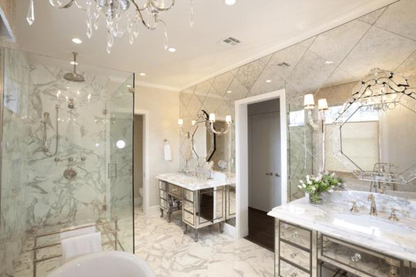 10 способов использовать зеркальную плитку в интерьере
